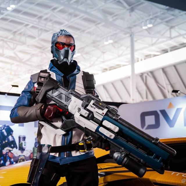 Màn cosplay Overwatch xấu nhất trong lịch sử nhưng ai nhìn cũng thích