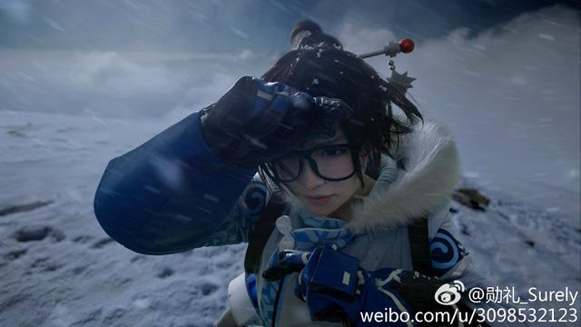 Ngỡ ngàng với bộ ảnh cosplay Mei (Overwatch) được chụp ở tận Bắc Cực