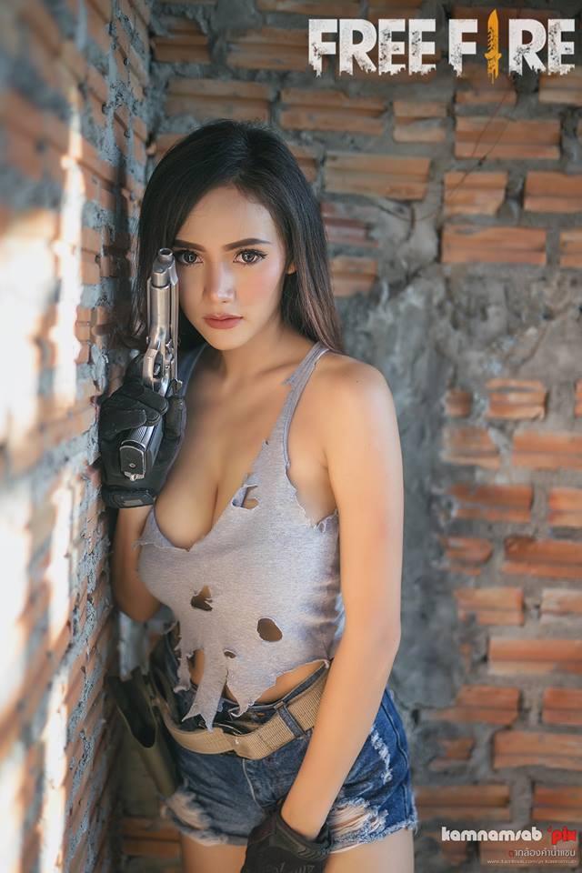 Nóng mắt với cosplay Free Fire đến từ người đẹp Thái Tangmay Phornphimol