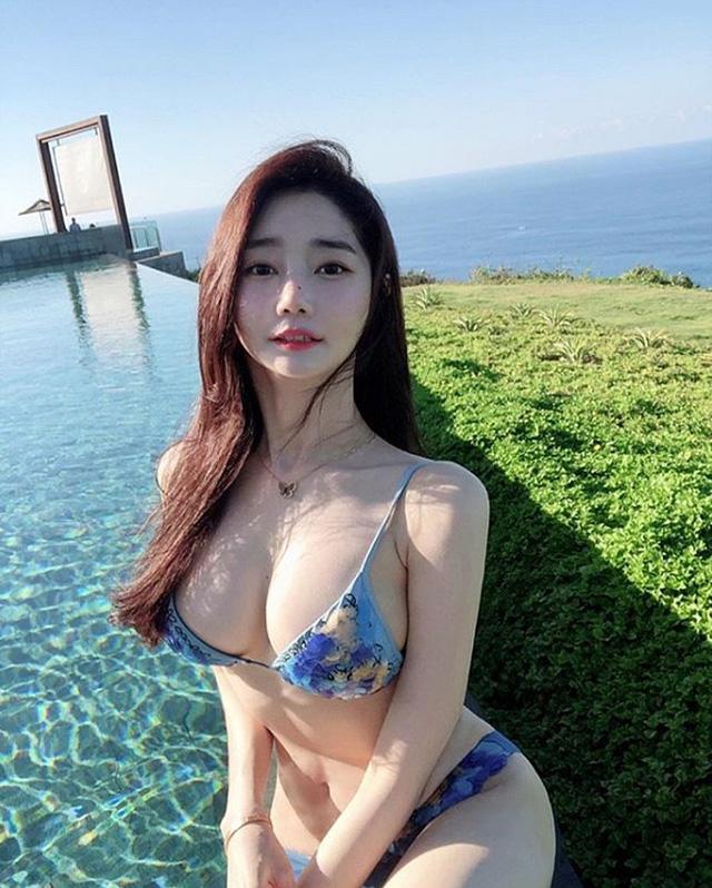 Nhan sắc của hai gái xinh trên mạng xã hội Hàn Quốc – thần vệ nữ khiến cánh đàn ông phải quỳ gối xin hàng