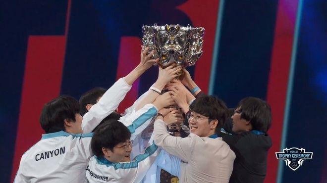 Cộng đồng game thủ Trung Quốc và Hàn Quốc xem nhau như kẻ thù chỉ vì một vị tướng trong game