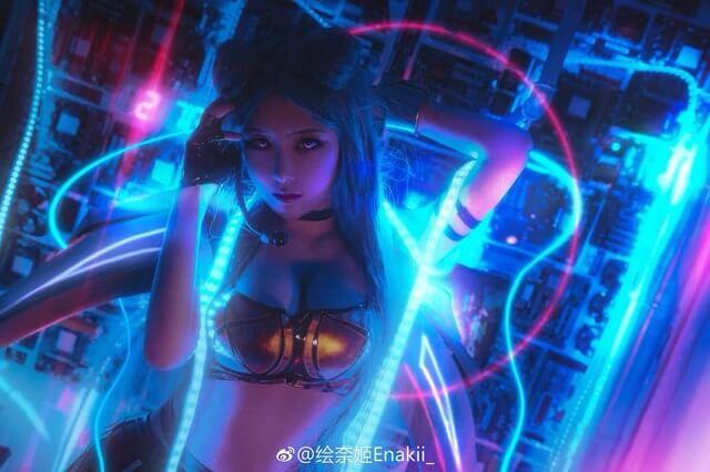 Kai'sa xinh đẹp và bí ẩn trong bộ ảnh cosplay