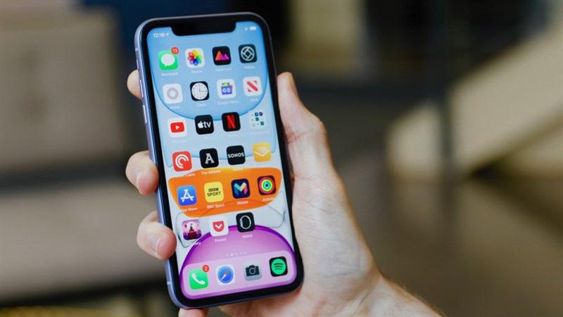 """Hai chiếc điện thoại iPhone này """"chiến"""" mọi thể loại game"""
