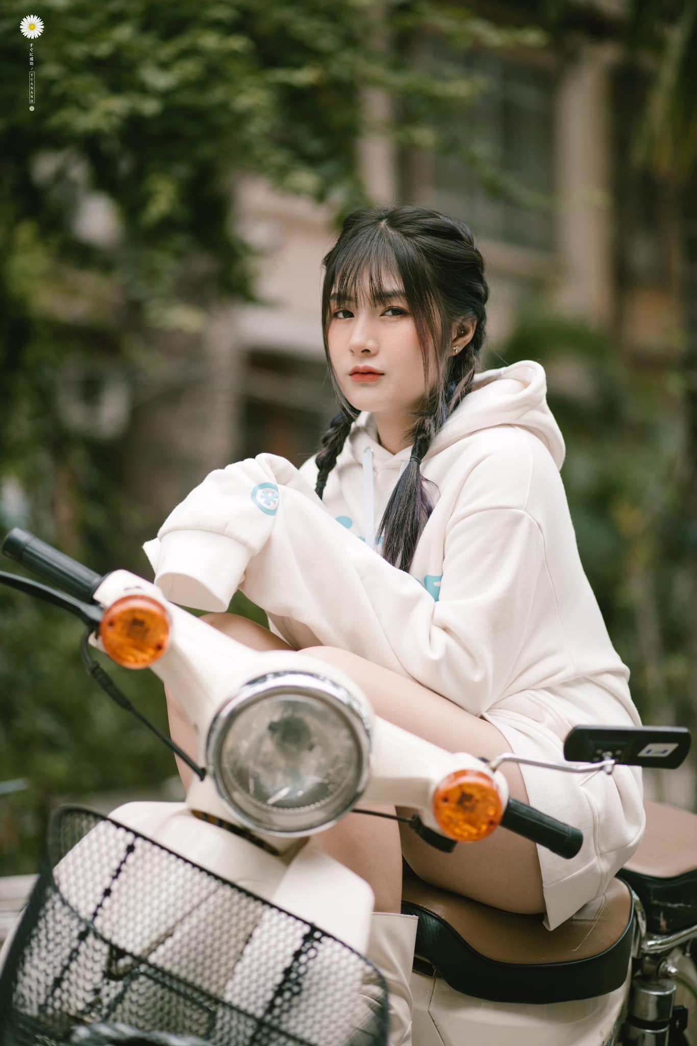 Sự thật việc nữ streamer Việt lộ ảnh gây xôn xao cộng đồng game