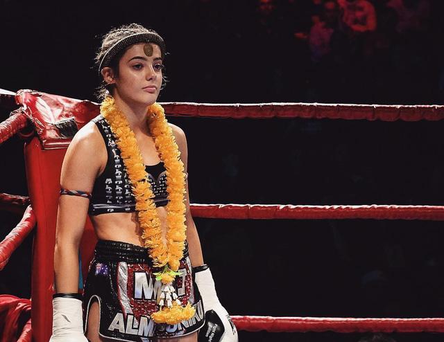 Vẻ quyến rũ 'chết người' của cô nàng 18 tuổi nhưng đã sở hữu 2 đai vô địch thế giới Muay Thái