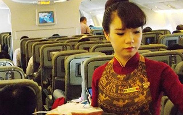 Lá thư gửi mẹ của một tiếp viên Vietnam Airlines gây sốt cộng đồng mạng