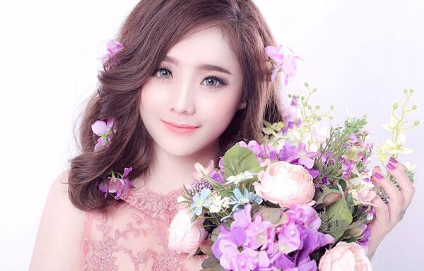 Hot girl xinh đẹp nhất Biên Hòa gây choáng với thu nhập khủng mỗi tháng