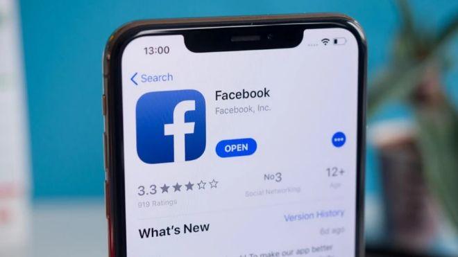 Facebook dọa không cho người dùng iPhone xài miễn phí nữa