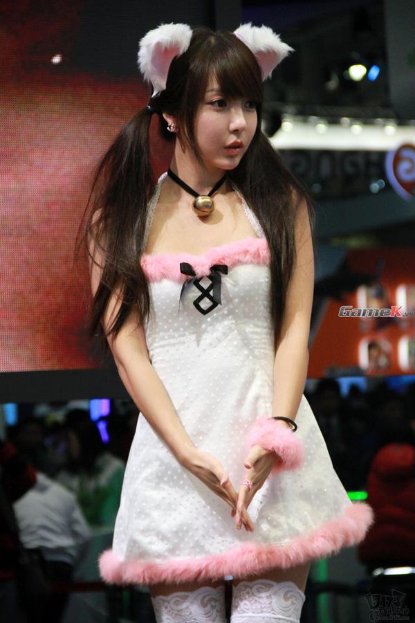 Nhìn lại các showgirl gợi cảm nhất G-Star 2012