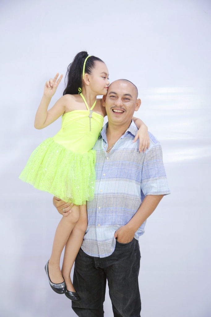 Ca sĩ nhí Việt Nam kiếm bộn tiền từ Youtube, sở hữu loạt MV trăm triệu view