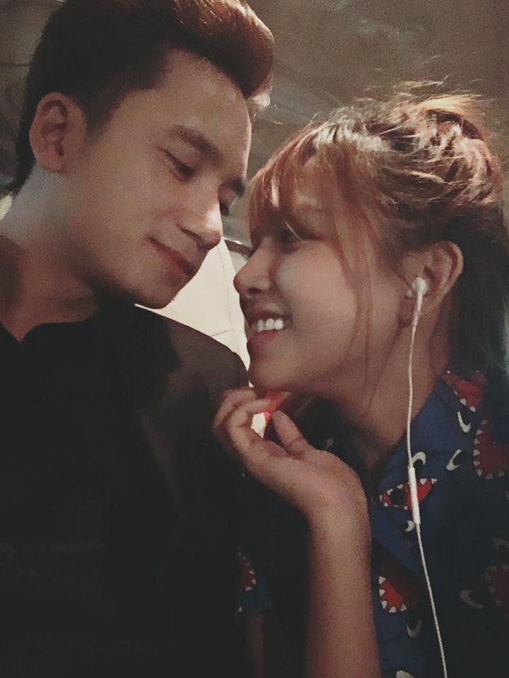 """Bị bạn gái hủy kết bạn Facebook, Phan Mạnh Quỳnh mắng yêu: """"Tiện tỳ cố chấp!"""""""