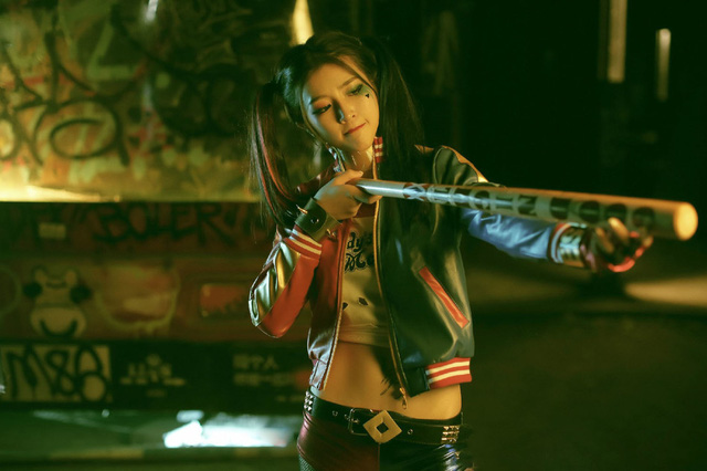 """Cosplay """"ác nữ"""" Harley Quinn cực quyến rũ của người đẹp Trương Mạc Hàn"""