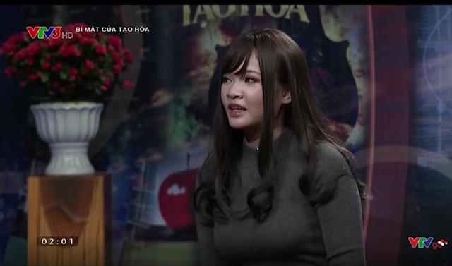 """Giữa tâm bão """"tiếc cả trăm triệu bỏ vào game"""", nữ game thủ Việt tung bộ cosplay mới cực gợi cảm"""