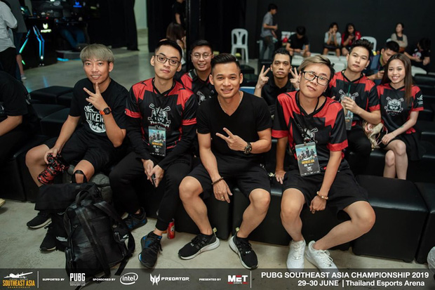 2020 – Năm thành công rực rỡ của Độ Mixi và anh em Refund Gaming