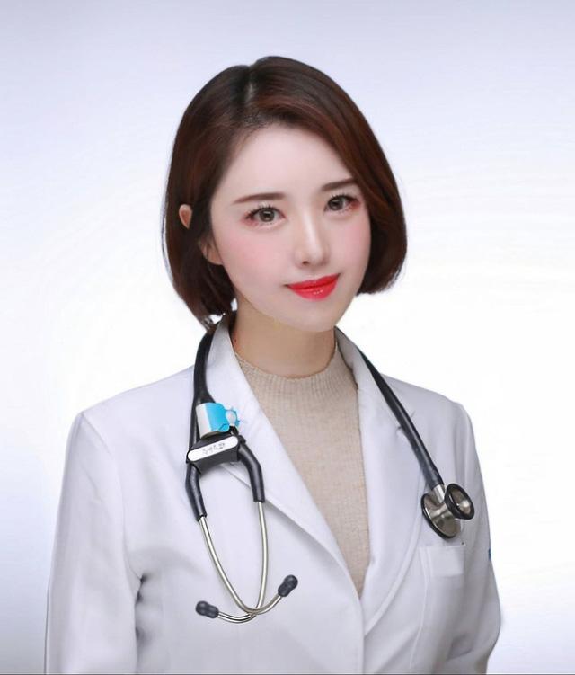 """Cận cảnh nhan sắc gợi cảm của nữ bác sĩ xinh đẹp nhất Hàn Quốc, CĐM phải cảm thán """"Chỉ muốn ốm mãi không khỏi"""""""