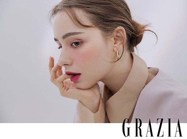 Người mẫu Nga xinh đẹp không tì vết đang hot khắp châu Á