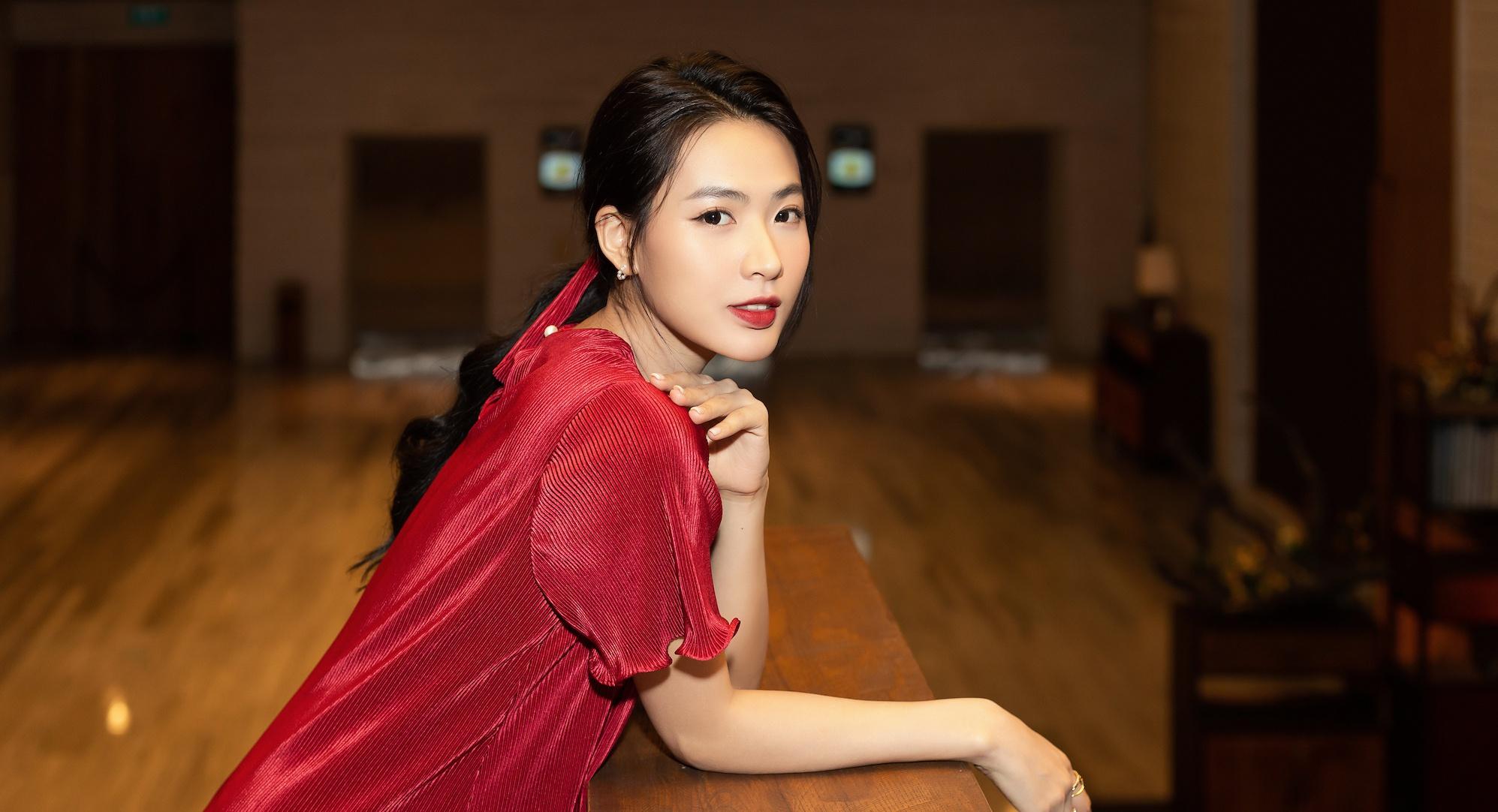 Minh Trang 'Cây táo nở hoa': 'Tôi thường bị nhầm là hot girl mạng'