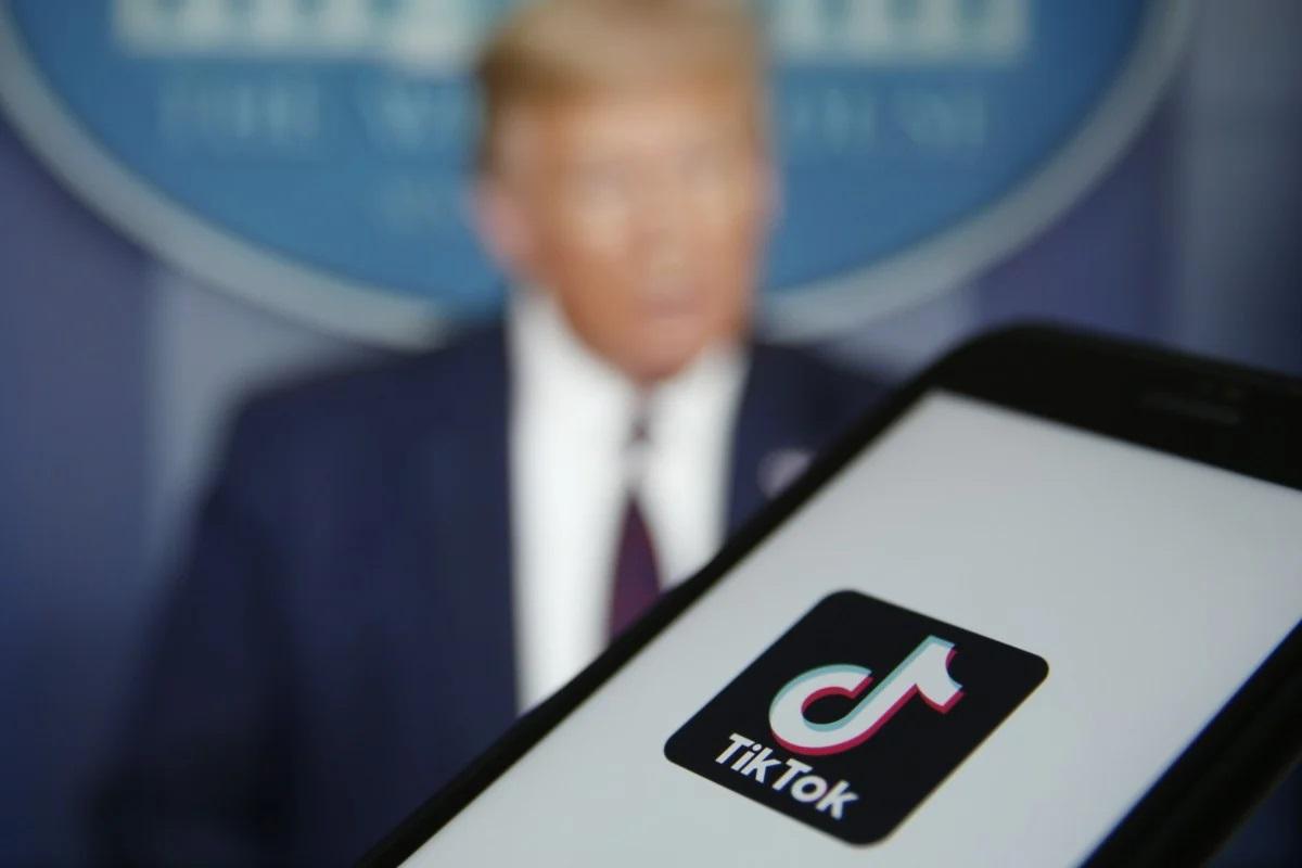 """Bị ông Trump tung """"đòn"""" trên đất Mỹ, TikTok có động thái rắn"""