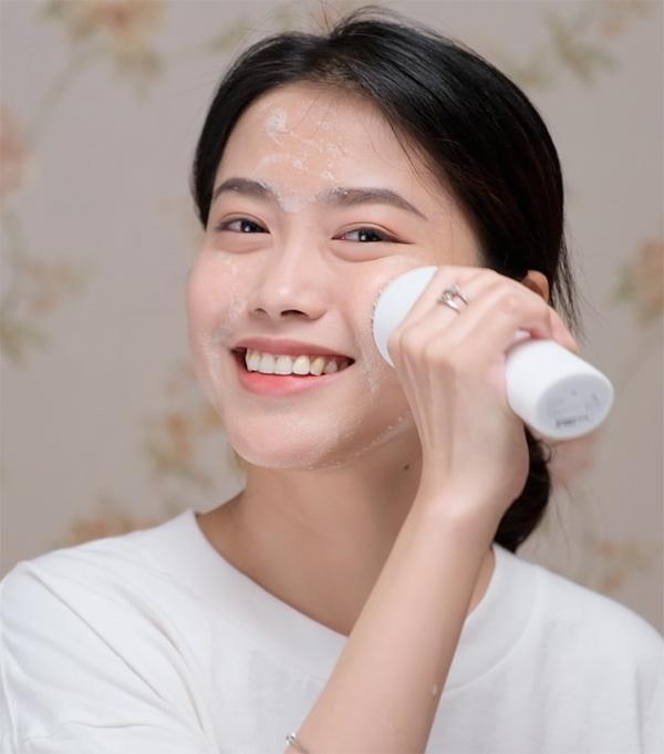 Bí quyết chăm sóc da theo độ tuổi của cựu người mẫu Thúy Hạnh