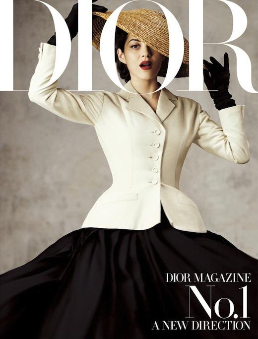 Dior Haute Couture Thu 2019: Người mẫu mặc cả toà nhà lên người