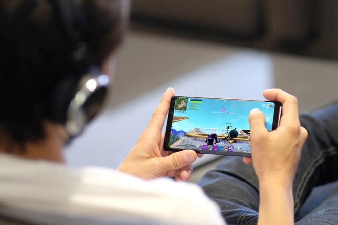 Game thủ nức lòng với GamePad sắp ra mắt của Samsung