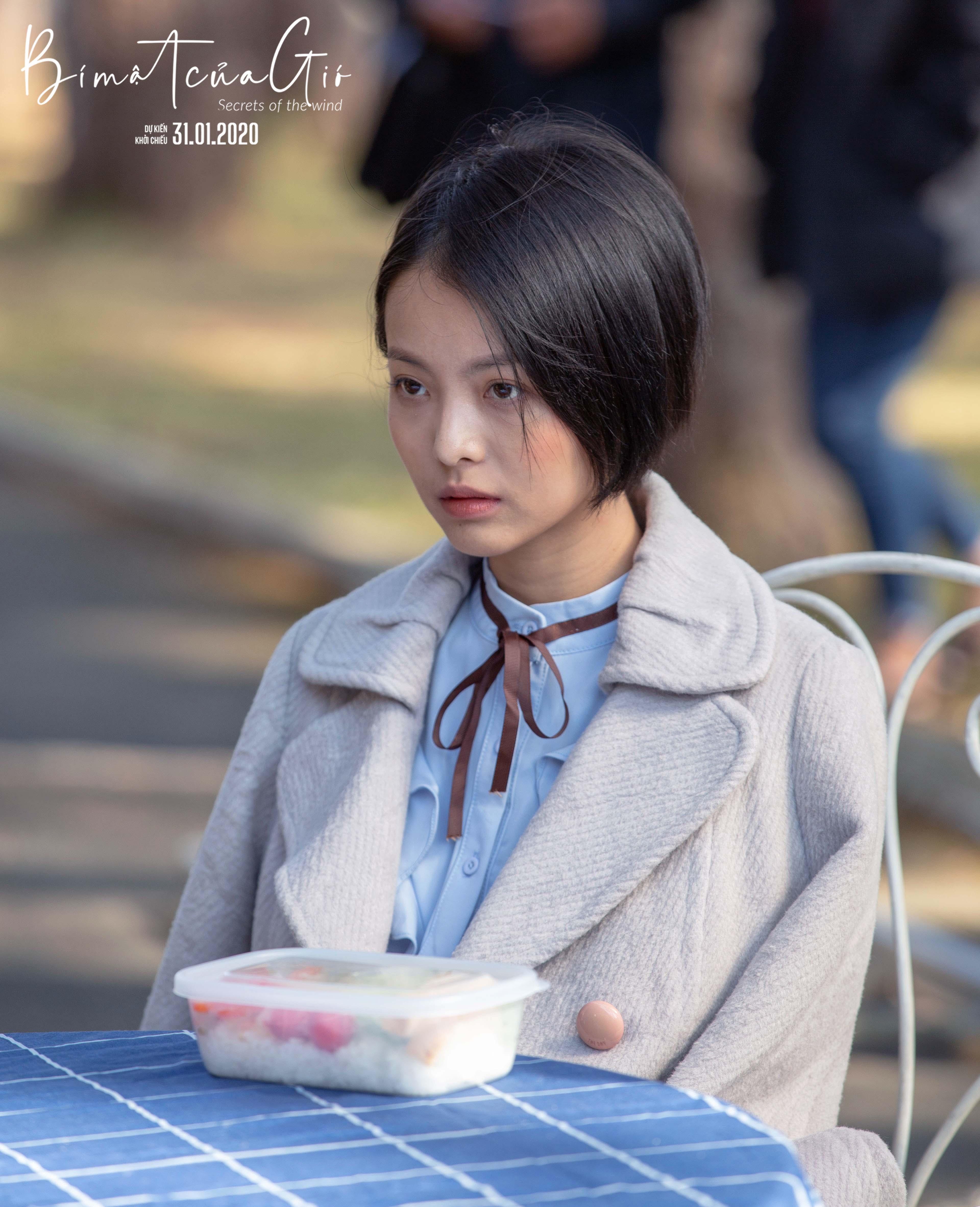 Hot-girl Yu Dương lột xác quyến rũ trongvai nữ sinh đỏng đảnh