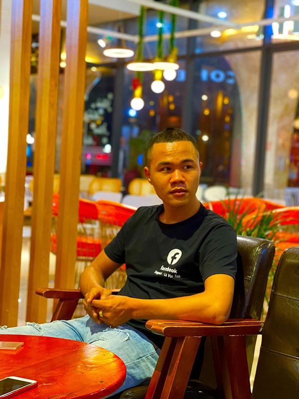 Lê Văn Tình và những trải lòng khi hỗ trợ cấp tick xanh Facebook tại Việt Nam