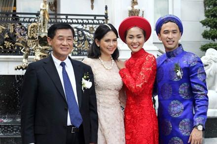 4 nữ đại gia là mẹ chồng của hoa hậu, người mẫu Việt Nam giàu có, quyền lực cỡ nào?