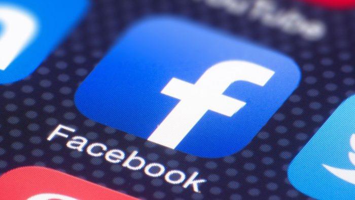 """Nóng tuần qua: Sẽ """"siết"""" lại Facebook và Google?"""