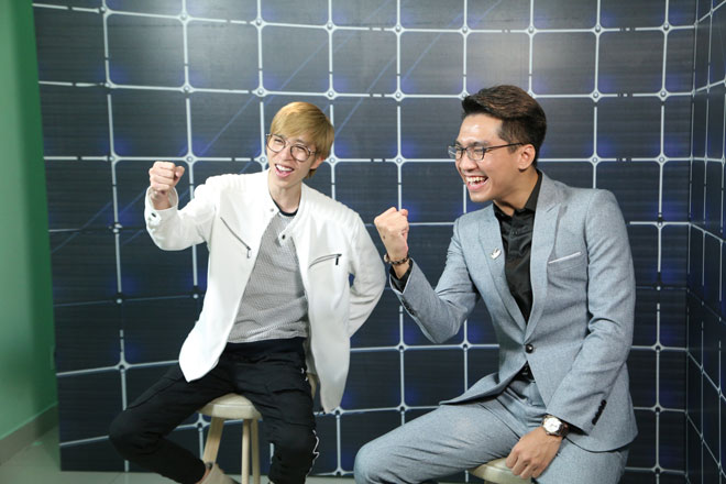 2 ngôi sao YouTube Việt Nam 'song kiếm hợp bích' lập kỷ lục, giành giải 350 triệu là ai?
