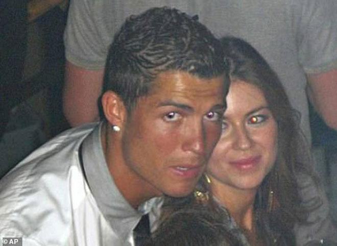 Nghi án Ronaldo hiếp dâm người mẫu Mỹ: Tình tiết mới bất lợi cho CR7