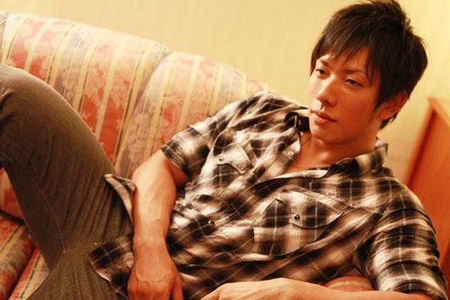"""Ông vua phim người lớn tại Nhật Bản đổi nghề sang làm Youtuber khiến các fan """"ngỡ ngàng"""""""