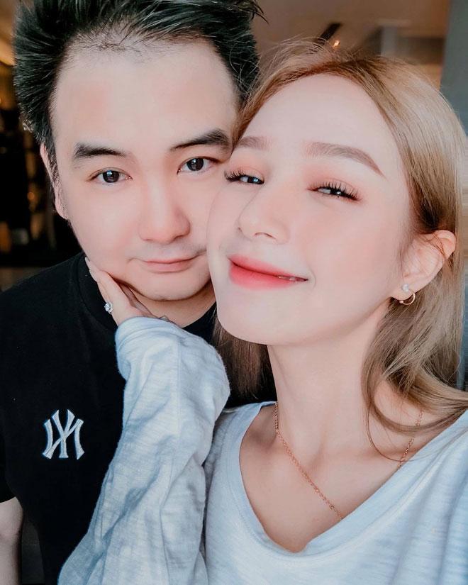 """Yêu """"gái chưa 18"""", streamer giàu nhất Việt Nam chờ nàng đủ tuổi rồi """"hốt"""" luôn"""
