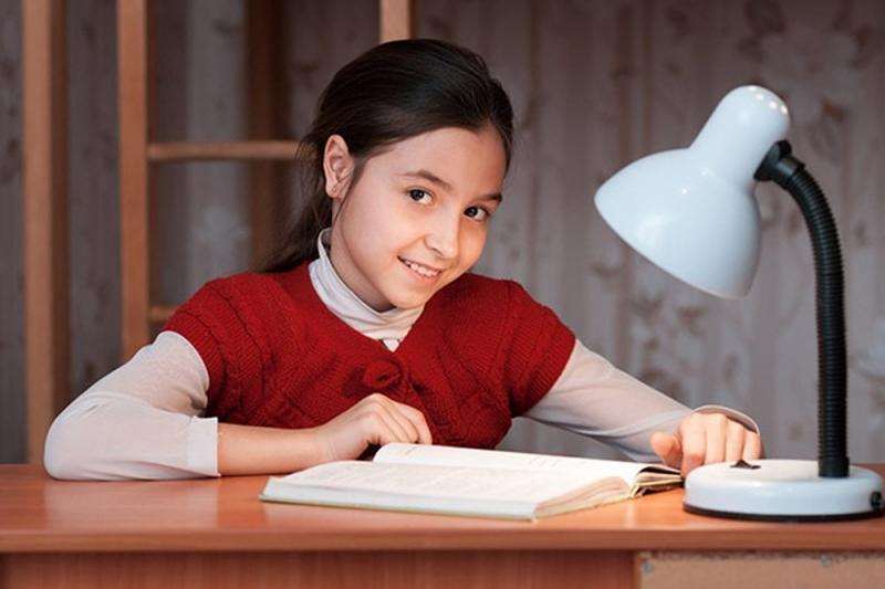 Top 10 Bài văn tả chiếc đèn học hay nhất