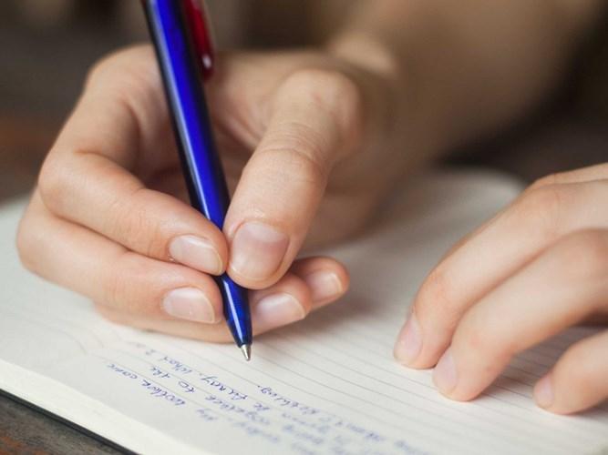 Top 10 Dàn ý bài văn thuyết minh về một đồ dùng học tập chi tiết nhất