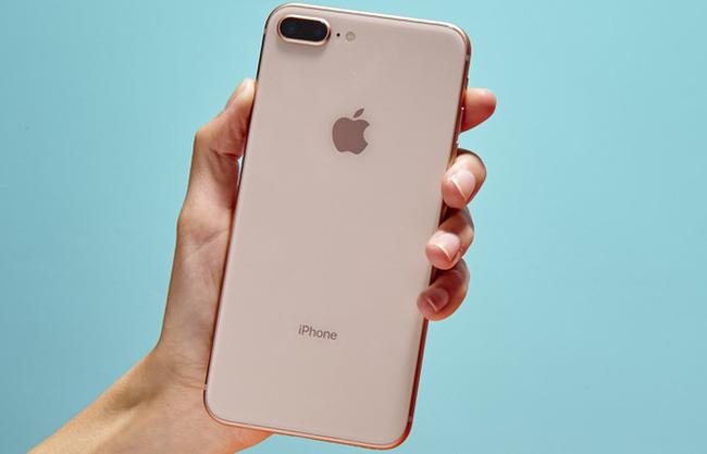 Tin công nghệ (27/10): iPhone 8 Plus giảm giá mạnh, Facebook gặp lỗi nghiêm trọng