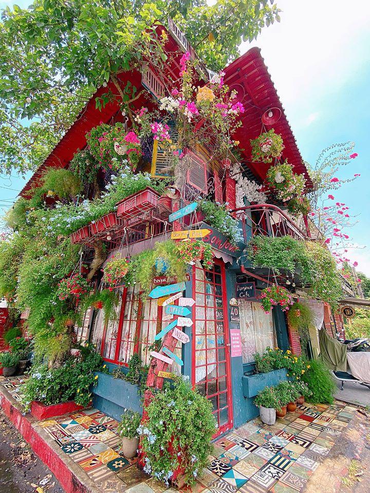 Top 19 Quán cafe đẹp, có view sống ảo ở quận 2, TP.HCM