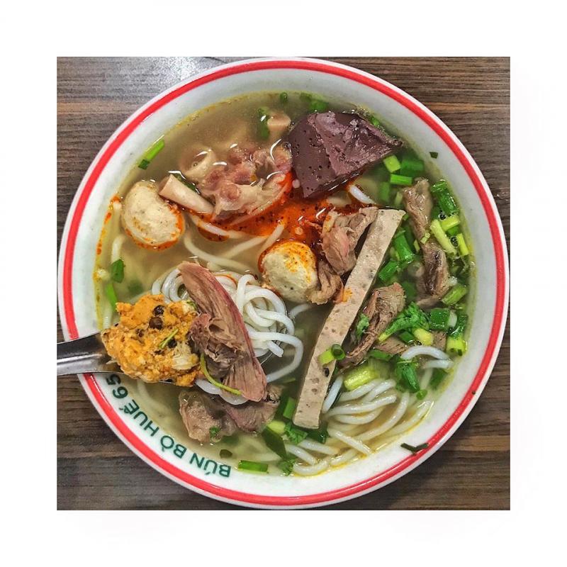 Top 15 Quán bún bò Huế đông khách bậc nhất Hà Nội