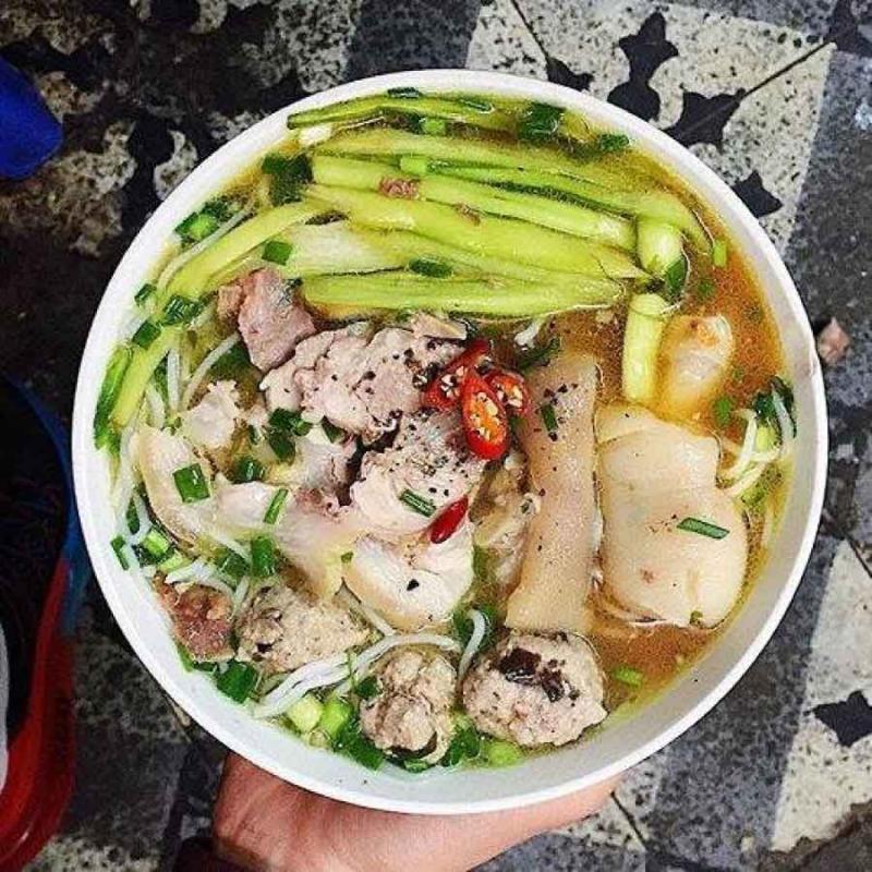 Top 9 địa chỉ ăn bún dọc mùng ngon nhất tại Hà Nội