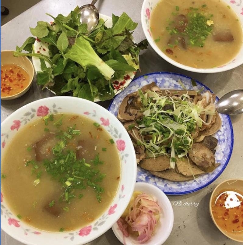 Top 12 Quán cháo lòng ngon và rẻ nhất Sài Gòn