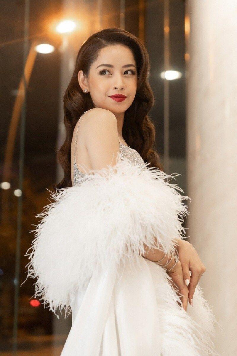 Top 9 Hot girl xinh đẹp nhất Hà Nội