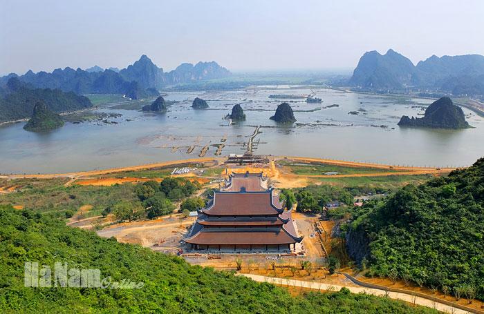 Top 10 Ngôi chùa đẹp nổi tiếng tại Hà Nam