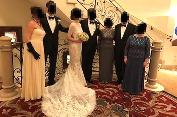 Chị gái chú rể chơi trội vượt mặt cô dâu, cộng đồng mạng bức xúc