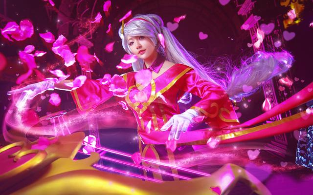 Cosplay Sona Nữ Thần Tình Yêu tuyệt đẹp trong Liên Minh Huyền Thoại