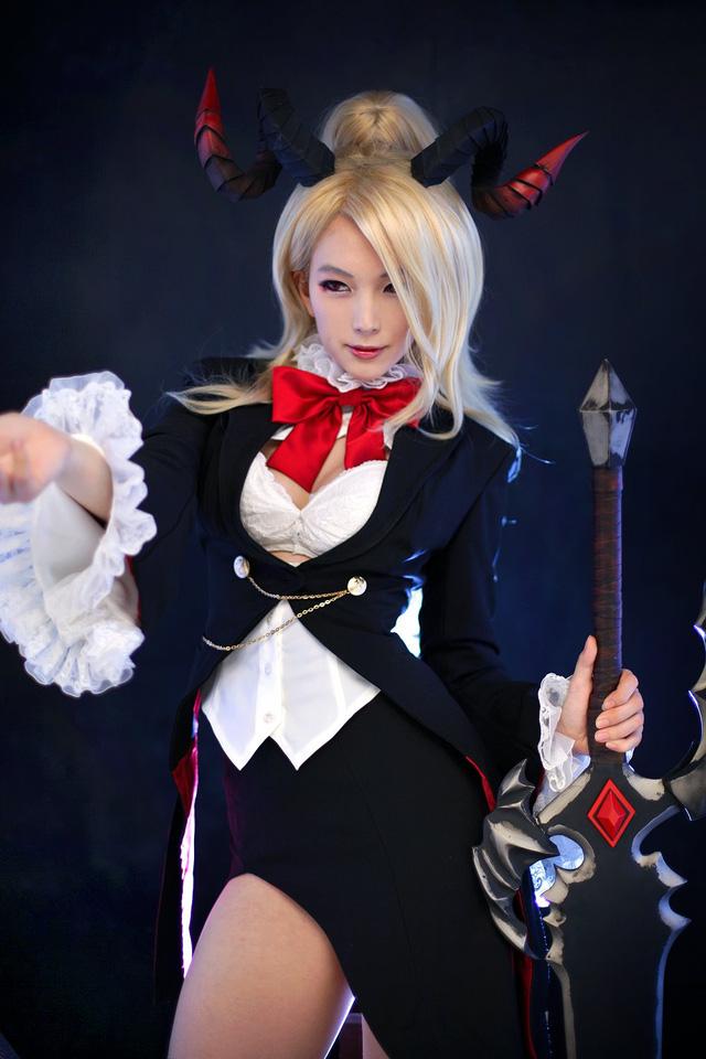 Cùng ngắm bộ ảnh cosplay nữ quỷ xinh đẹp trong game online Lost Saga