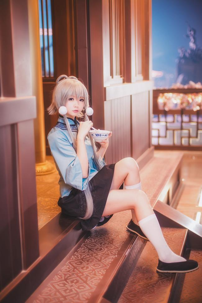 Cùng ngắm cosplay nữ ca sĩ Vocaloid dễ thương đến… ngây người