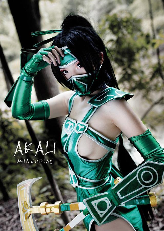 Cùng ngắm nàng Akali cực quyến rũ trong Liên Minh Huyền Thoại