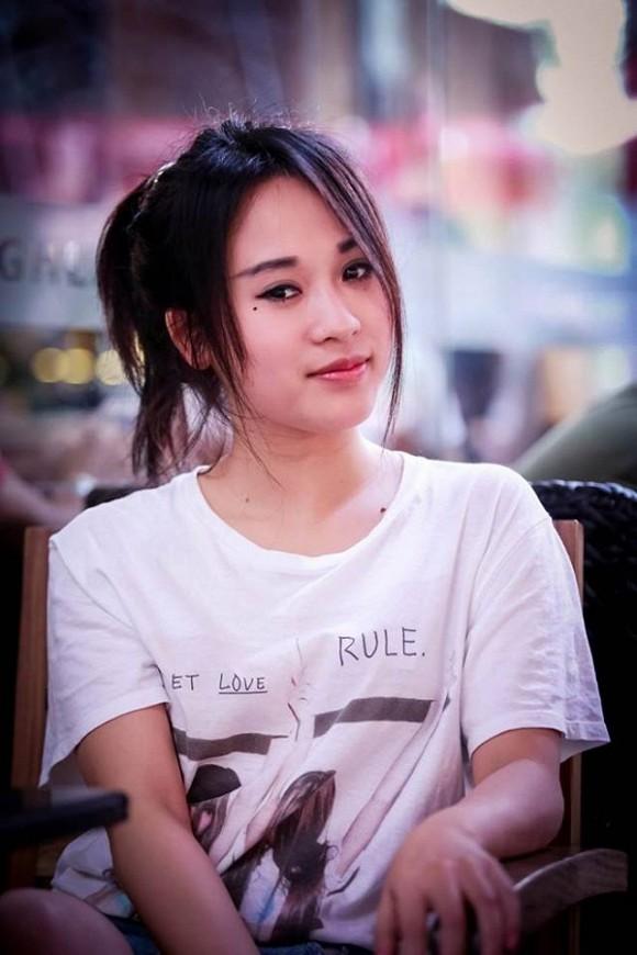 """Hot girl """"Nhật ký Vàng Anh"""" sắp lấy chồng ở tuổi 31 có cuộc sống khác xa Hoàng Thùy Linh"""