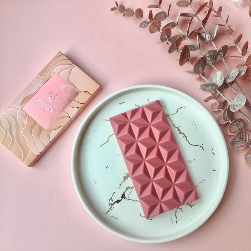 Top 11 Cửa hàng bán socola Valentine 14/2 ngon nhất ở TPHCM