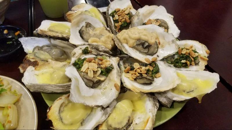 Top 10 địa chỉ ăn hàu ngon nhất tại Sài Gòn